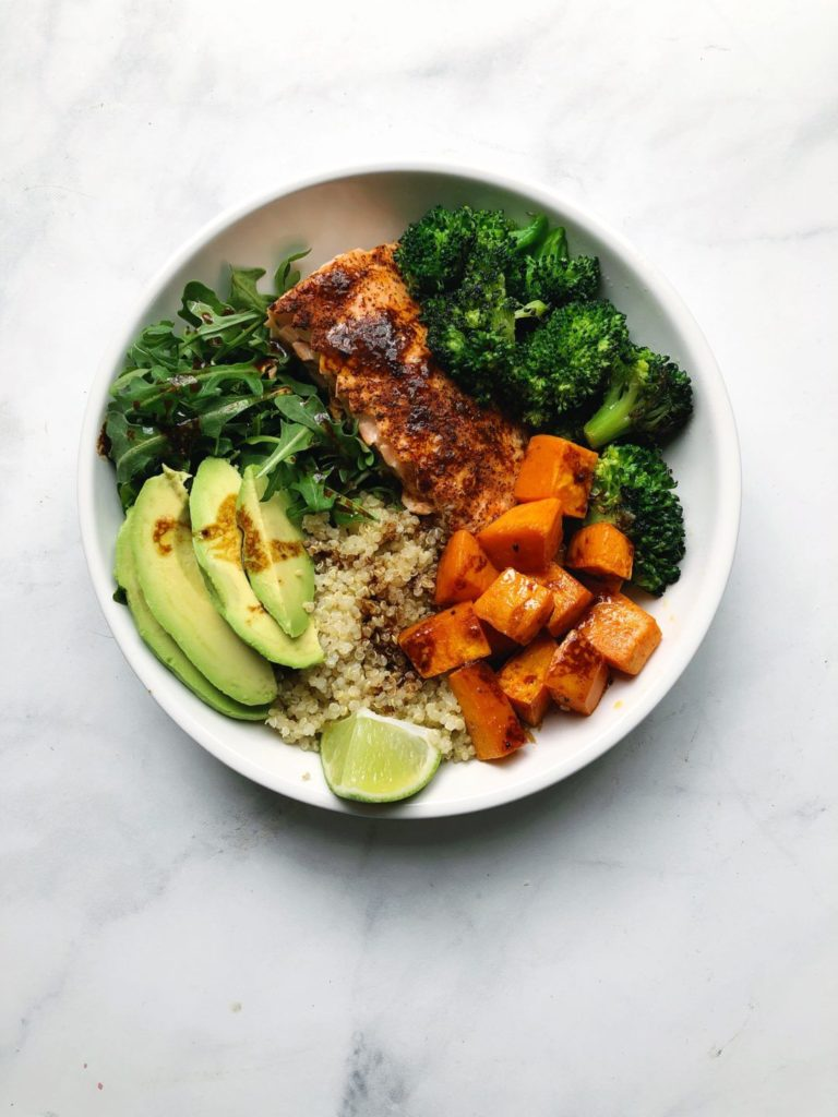 Salmon bowl with Miso dressing