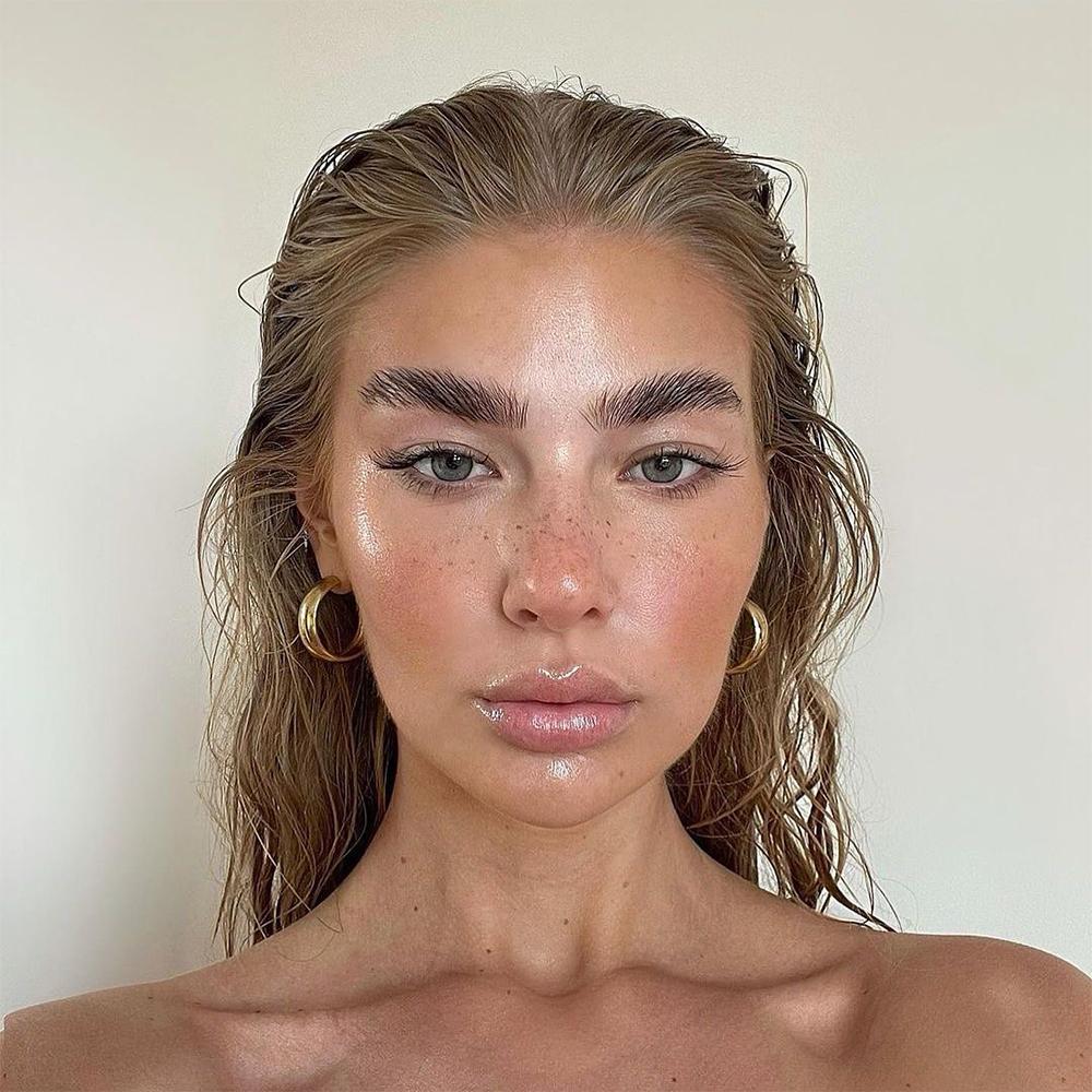jess hunt modelling refy beauty
