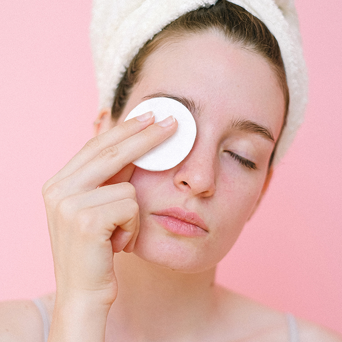 model removing eye makeup
